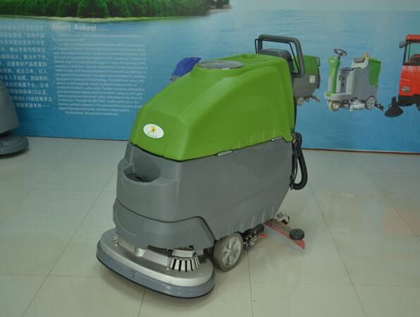 水洗图片700*700_奥科奇OK-700双刷自走式洗地机-太仓洗地机|苏州洗地机|苏州扫地 ...